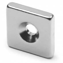 Неодимовый магнитный прямоугольник 15х15х3 мм с зенковкой 7х3,5 мм (упаковка 2 шт.)