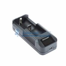 Универсальное зарядное устройство для 1 АКБ с жк дисплеем Rexant i1