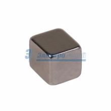 Неодимовый магнит куб 5х5х5мм сцепление 0,95 кг (упаковка 16 шт)
